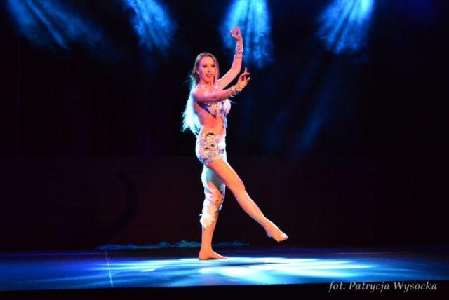 Drum solo pokaz tańca brzucha w wykonaniu Camilii